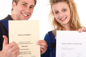 Die Ausbildung endet mit der Abschlussprüfung